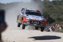 Hyundai och Hayden Paddon segrare i Rally Argentina