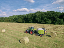ROLLANT 620 now also with feed rake system