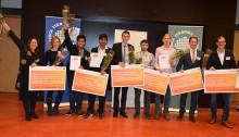 Studenter belönas för utmärkta examensarbeten