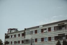 Ombyggnadsinvesteringarna tar fart i en vikande byggkonjunktur