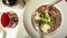 Ostig risotto med rött vin och radicchio – recept och vintips