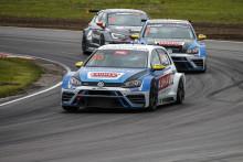 Fördel Volkswagen när teammästerskapet i STCC ska avgöras