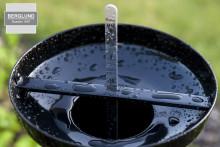 Modern design i klassisk regnmätare från Berglund