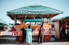 Många svenskar reser för den lokala matupplevelsen