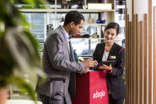 """10 Jahre Adagio Aparthotels - """"Coffee-Shops"""", """"Mini-Märkte"""" und """"Hosts"""" am Empfang"""