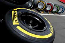 Pirelli P Zero medium och mjuka däck i Kinas GP