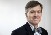 Onkologer studerar genetiska förändringar på Radiumhemmet