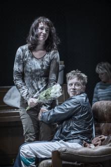 Folkteaterns ensemble är på plats i Madrid - Europapremiär för teaterns uppsättning av Lars Noréns Fragmente på lördag