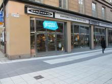 Apoteksgruppen etablerar nytt apotek centralt på Drottninggatan i Stockholm.