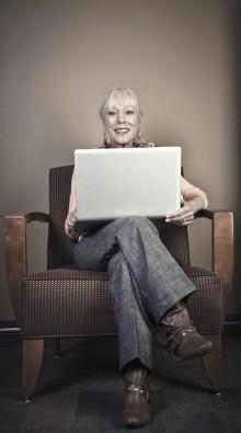 Yli 65-vuotiaat nopeimmin kasvava verkkokaupan asiakasryhmä