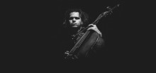 Philip Glass' og Laurie Andersons cellist giver ambient meditationskoncert i Helsingør