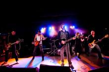 Sir Reg släpper nytt album 5 april och åker på turné.