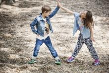 Vårskor från Superfit håller barnens fötter torra och sköna