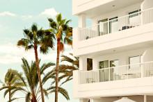 Huone uima-altaan vierestä vai parhailla näkymillä – Tjäreborgilla hotellihuoneen sijainnin voi nyt valita!