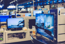 Urheilutapahtumat ovat saaneet suomalaiset televisiokaupoille – suurten televisioiden myynti + 747 %