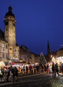 primacom nimmt WLAN-HotSpots für  Altenburger Markt in Betrieb