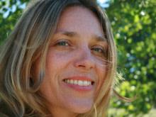 Haros Madeleine Wallin talar i Ungern