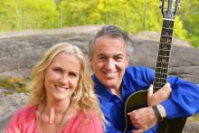"""Eddie Oliva och Maria Wells i en underbar duett med Italienska toner på nya låten """"You Are The Reason/La Ragione""""!"""