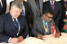 Arla commits to supporting local dairy production in Bangladesh