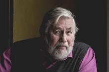 Tor Åge Bringsværd utvider virkeligheten - et intervju
