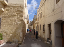 Walking Holiday To Malta And Gozo - John Revill