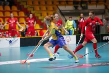 Sverige vann över Polen med 17-2  i grupp B under VM i Bratislava