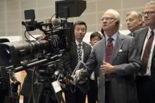 H.M. Konungen besöker Canons huvudkontor i Japan
