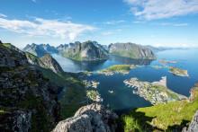 Rekordmånga svenskar åker på semester i Norge