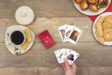 smartphoto ger sig in i spelbranschen  - lanserar personliga kortspel
