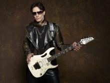 Rockstjärnan Steve Vai inviger Uppsala X Internationella Gitarrfestival!
