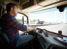 TomTom lanserar Trucker 6000 Lifetime Edition:  Ny lastbilsnavigator hjälper yrkesförare leverera i tid