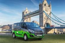 London új Ford plug-in hibrid áruszállítókat próbál ki a tisztább levegőért
