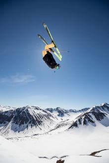 Tips för fantastiska vinterbilder i skidbacken.  Av Richard Walch, Canons ambassadör och extremsportfotograf