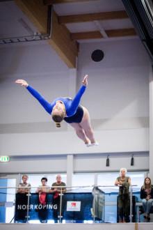 Stor spänning och fina utmärkelser under svenska mästerskapen i trampolin och DMT 2016
