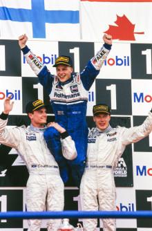 Formel 1-världsmästaren Jacques Villeneuve kör Porsche Carrera Cup Scandinavia på Knutstorp!