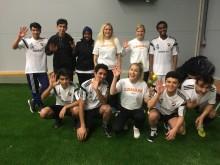 Vinnarhallen på Bosön bjöd på fotbollsturnering för ensamkommande flyktingbarn