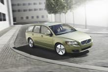 Volvo behåller greppet som Sveriges populäraste bilmärke