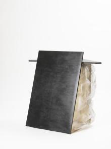 In Contrast - Beckmans Designhögskola utforskar motsater på Stockholm Furniture Fair