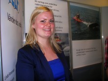 Linda Forsmark från Mölndal och Tobias Ekeroth från Halmstad uppfann verktyg för att vända kapsejsad fritidsbåt