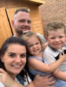 """""""We're not going anywhere!"""" Mum's refusal to leave hospital after doctors initially miss daughter's stroke"""