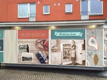Fotovägg med minnen från 50-talet invigs på Dr Fries Torg