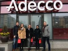 Yli 8000 nuorta ympäri maailman kävi tutustumassa  adeccolaisten työpäivään Experience Work Day -päivän aikana
