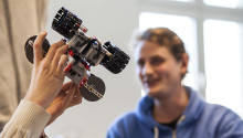 Sportlovslediga elever bygger framtidens tåg