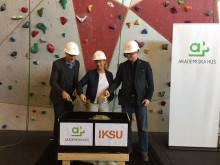 Första spadtaget för Campus Umeås nya klätterhall