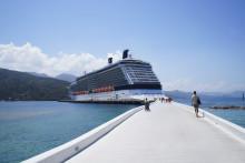 Celebrity Cruises: Alle karibiske seilinger på 10 netter eller mer vil ha overnatting i havn i 2016
