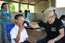 Sveriges största glasögoninsamling fick in 71 085 glasögon – hjälper tusentals behövande