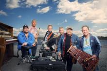 Kalle Moraeus gör konsert i Vara