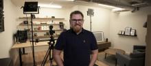 Inet storsatsar på rörligt – bygger två studior in-house