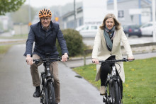 Miljömininster Karolina Skog besökte Cycleuropes elcykelproduktion