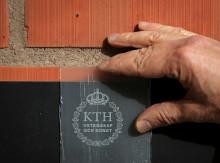 KTH-forskare har uppfunnit genomskinligt trä